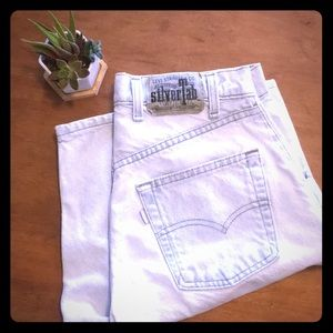 VINTAGE LEVI's SILVER TABS